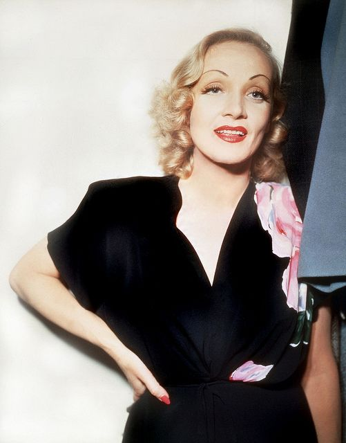I've always thought Marlene was one of the most beautiful - in a not your everyday, run-of-the-mill beauty kind of way - women to ever grace Hollywood. #vintage #actress #Marlene_Dietrich