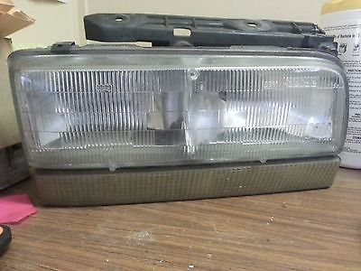 awesome 92 93 94 1992 1993 1994 BUICK LESABRE RIGHT RH PASSENGER HEAD LIGHT OEM - For Sale View more at http://shipperscentral.com/wp/product/92-93-94-1992-1993-1994-buick-lesabre-right-rh-passenger-head-light-oem-for-sale/