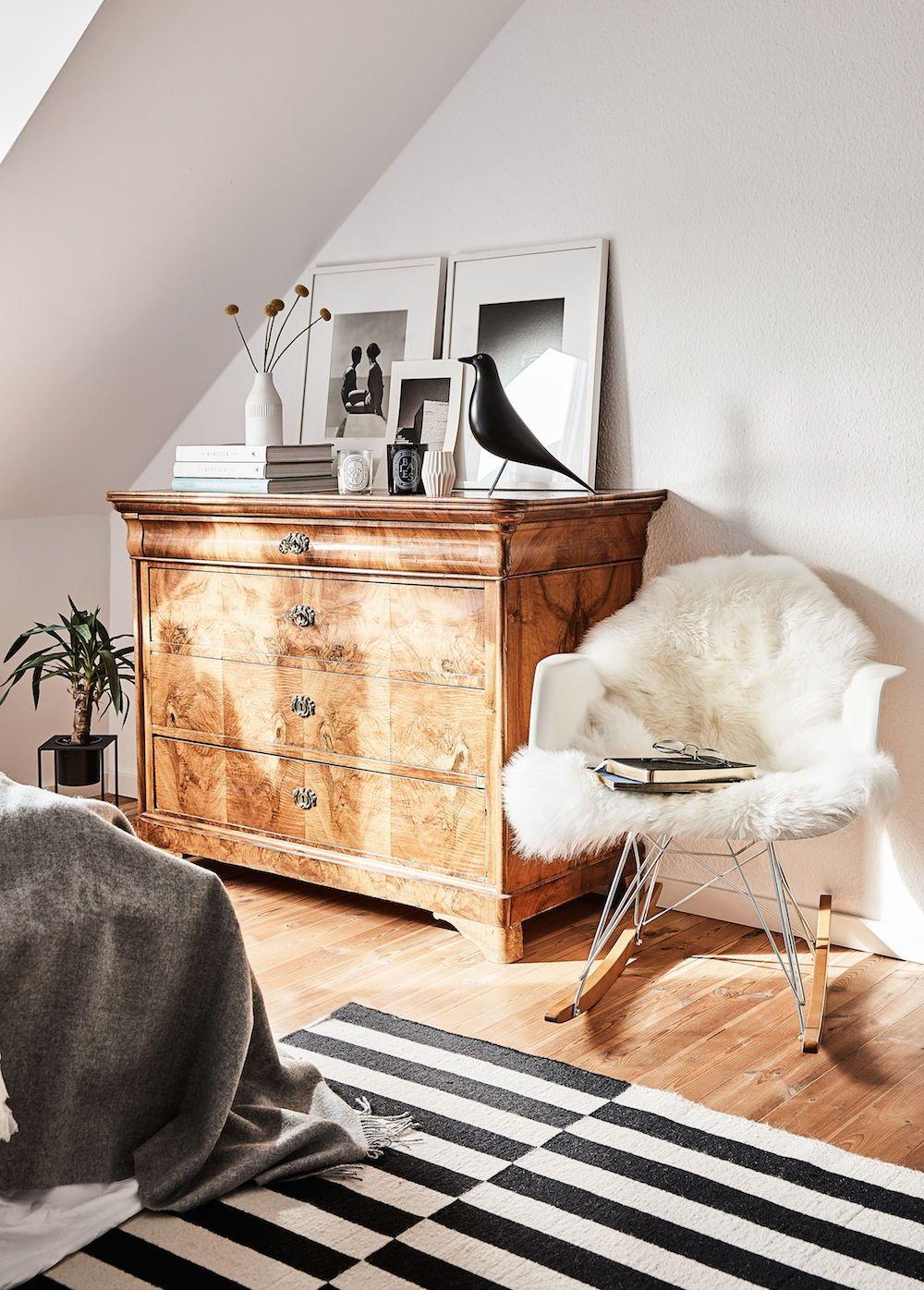 Alexander mag es minimalistisch monochrom und mit liebe - Schaukelstuhl skandinavisch ...