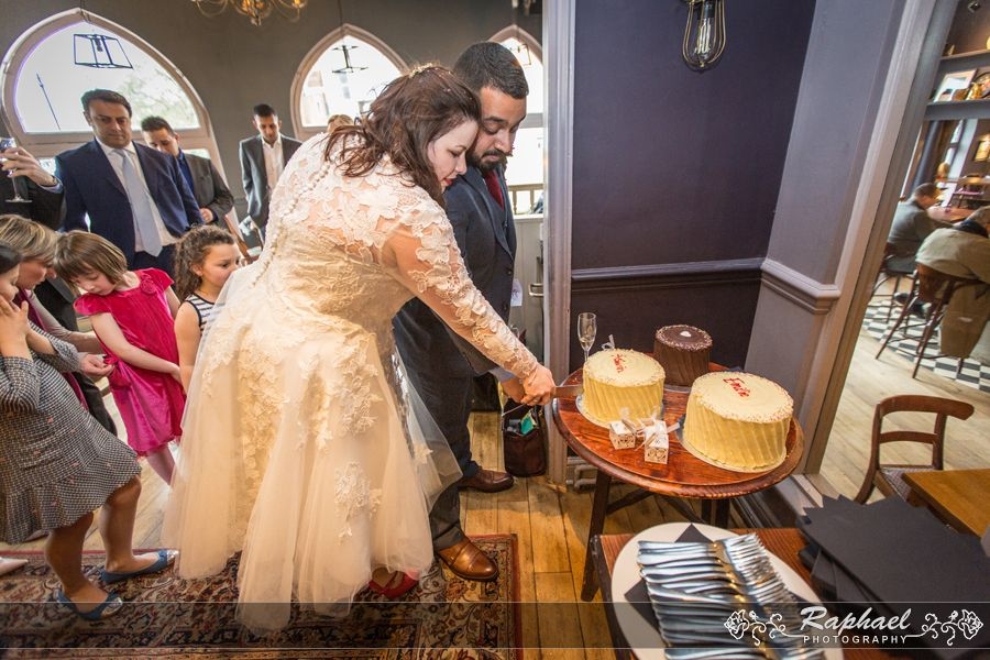 Wedding Photographer London Ealing Town Hall Couple Cake