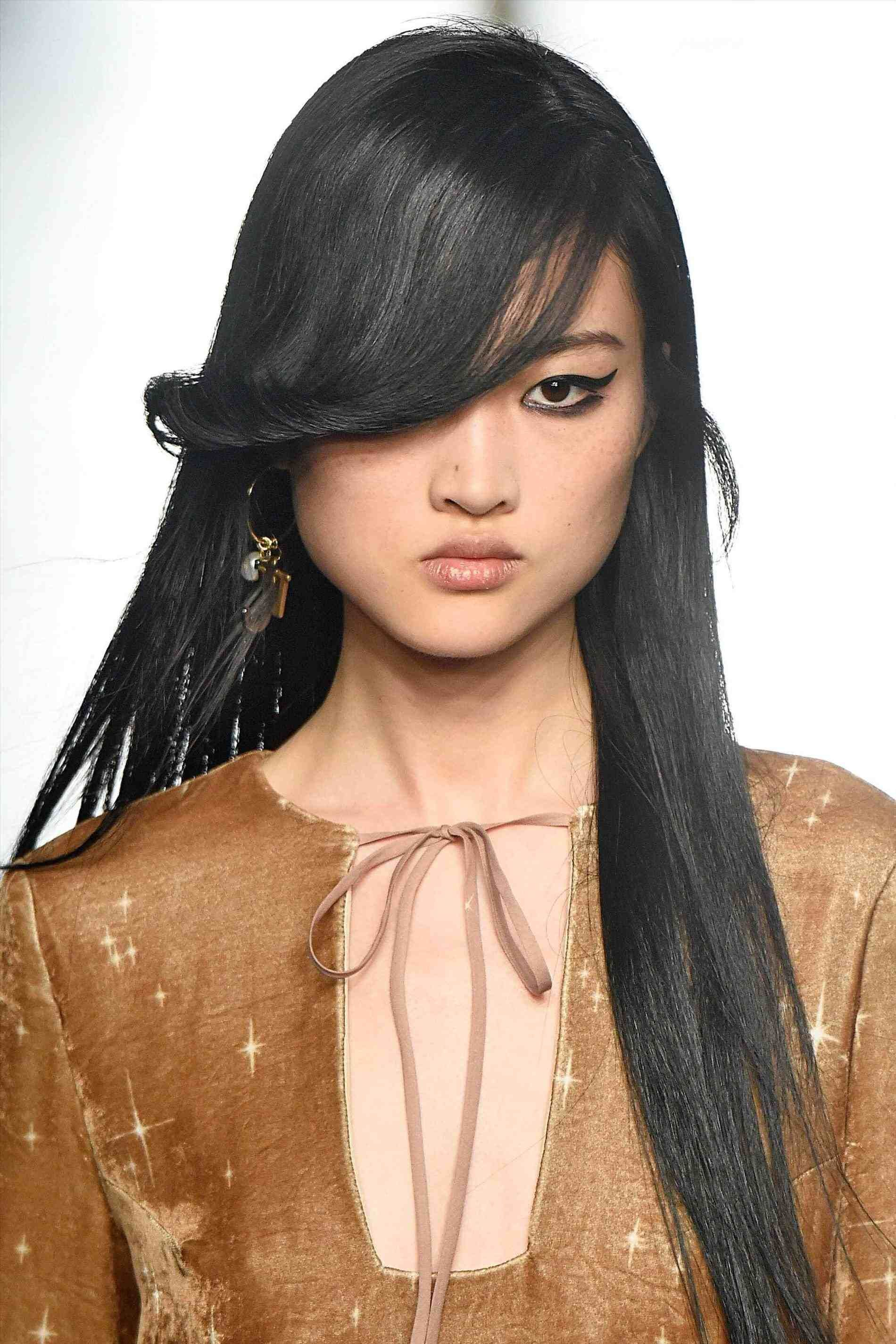 Front Haircut Style For Round Face Hair Stylist And Models