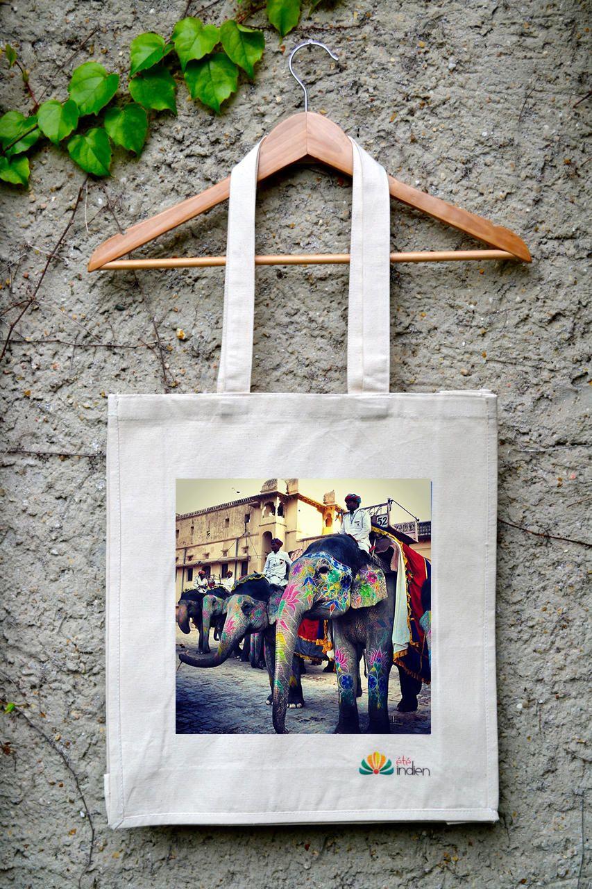 tote bag imprimé et sac en toile personnalisé sur la boutique linge de maison bio #toteBag #sacEnToile #sacPersonnalisable #eteIndien #couetteSoie