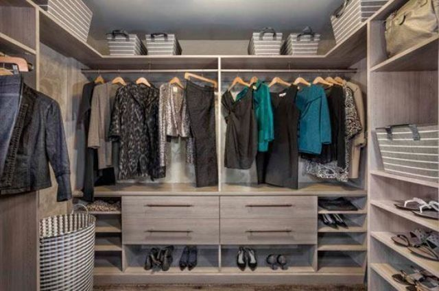 Closet Factory, Custom Closet #Walkincloset #Organizersystems Learn More:  Http://