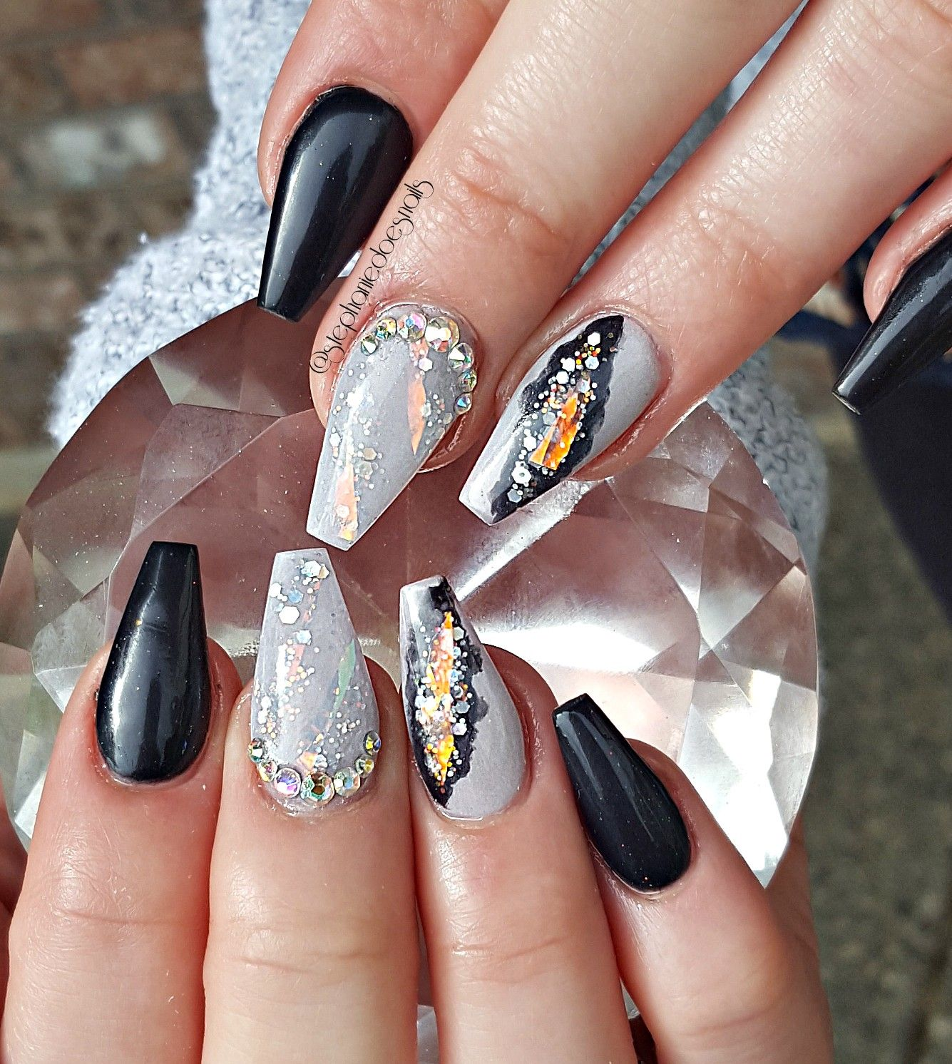 Geode nails | Almond acrylic nails, Halloween acrylic ...