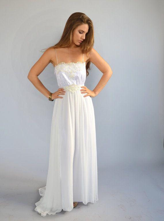 Lace wedding dress lace train dressbeaded embroidery por Barzelai