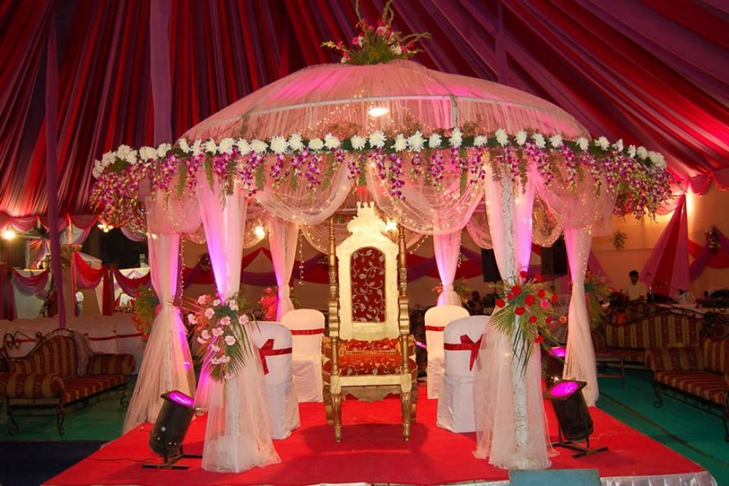 Floral pinky indian wedding decorations ideas pinky wedding floral pinky indian wedding decorations ideas pinky wedding junglespirit Gallery