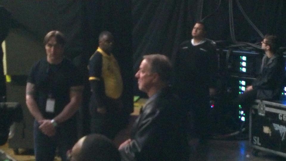 Jim kelly next to soundboard at vanhalen him and eddie