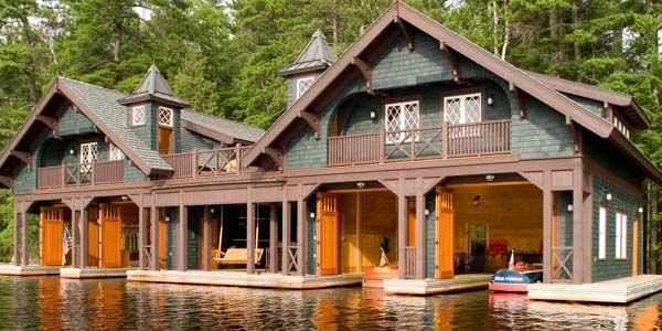 Adirondack design adirondack rustic homes and interiors for Adirondack house plans