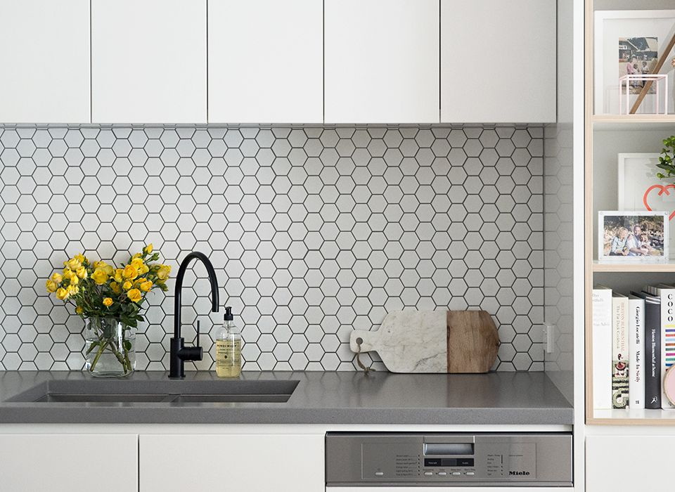 Kitchen Bench   Concrete Look Counter With Square Finishings. Large, Deep  Sink With Matt