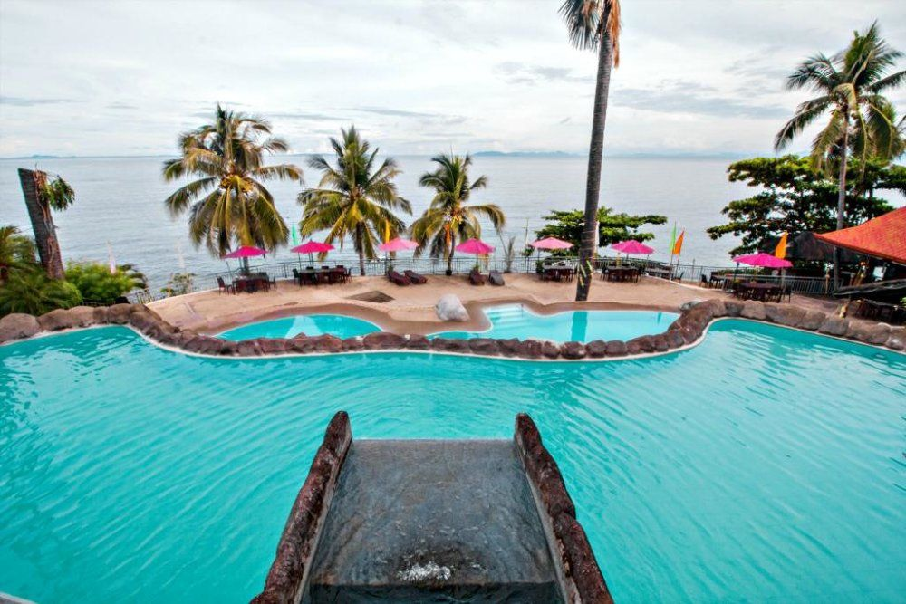 Top Beach Resorts in Batangas, Philippines Dive resort