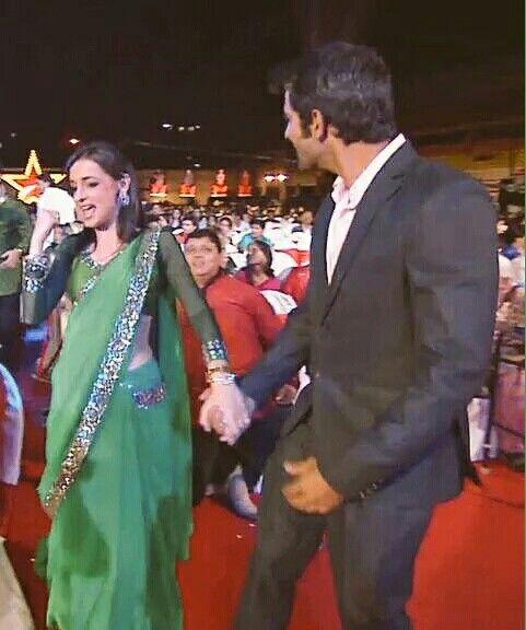 Barun and Sanaya at Star Parivaar 2012