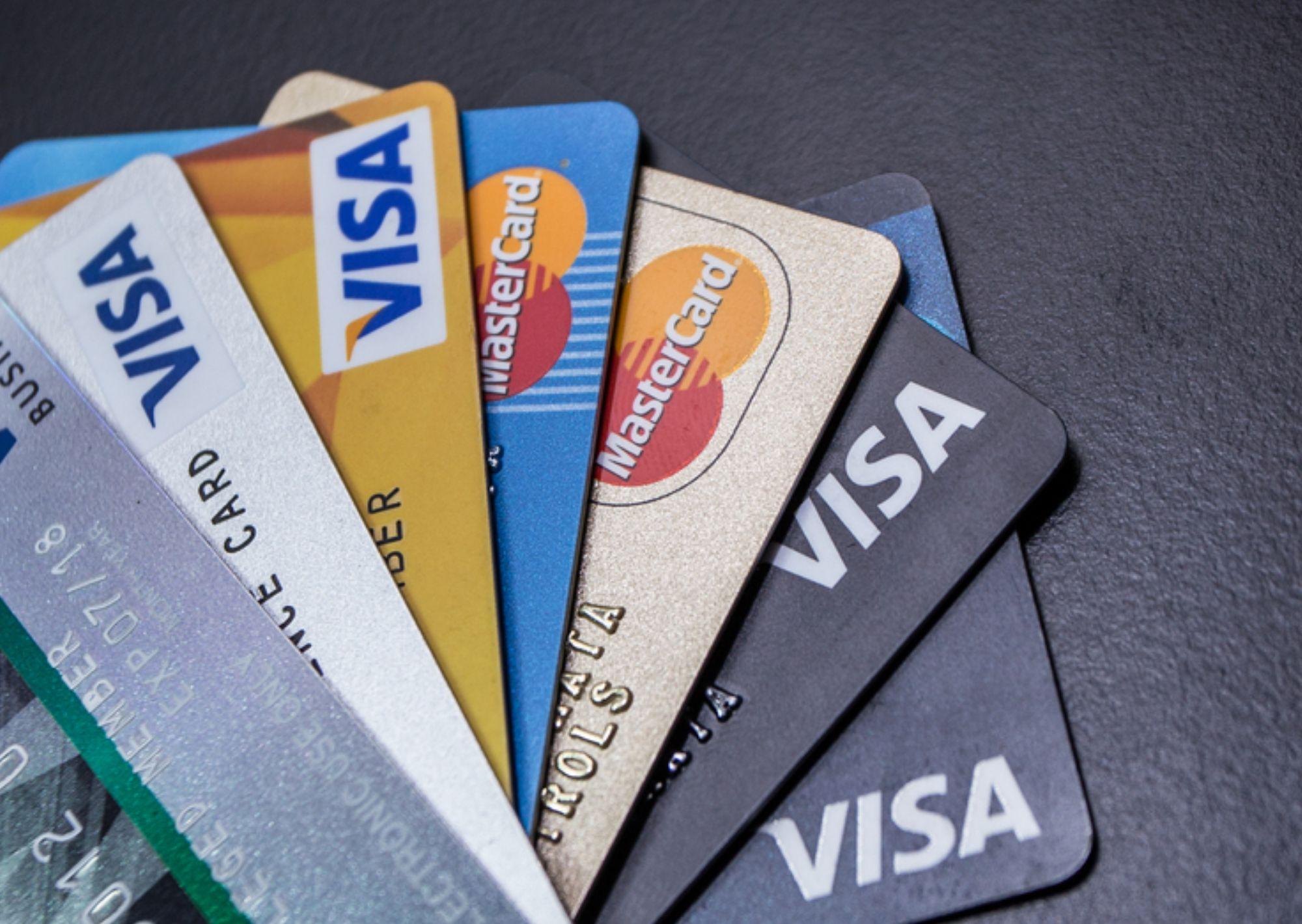 Https Promosikartukredit Com Kartu Kredit Fitur Dan Keunggulan Kartu Kredit Bca Black Master Card Html Kartu Kredit Kartu Keuangan