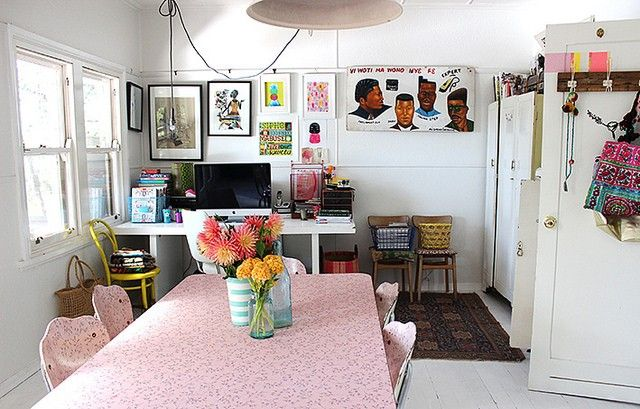 Real homes: weatherboard where small, colourful living reigns