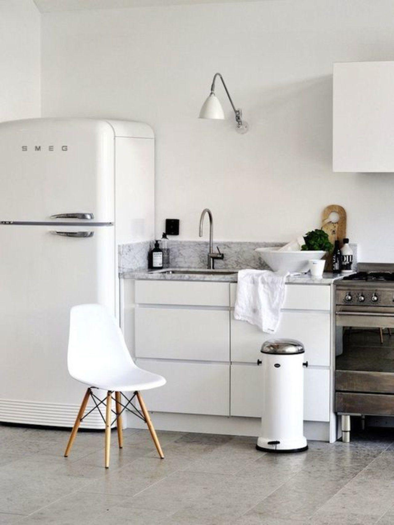 8 rooms that prove smeg fridges are the key to a fabulously retro