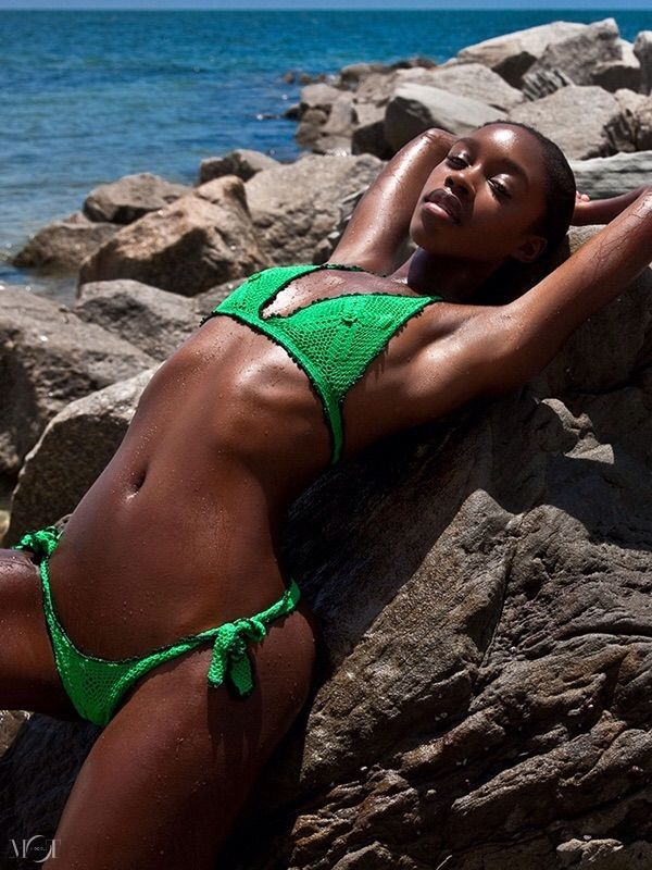 ebony bikini galleries famous cartoon sex tapes
