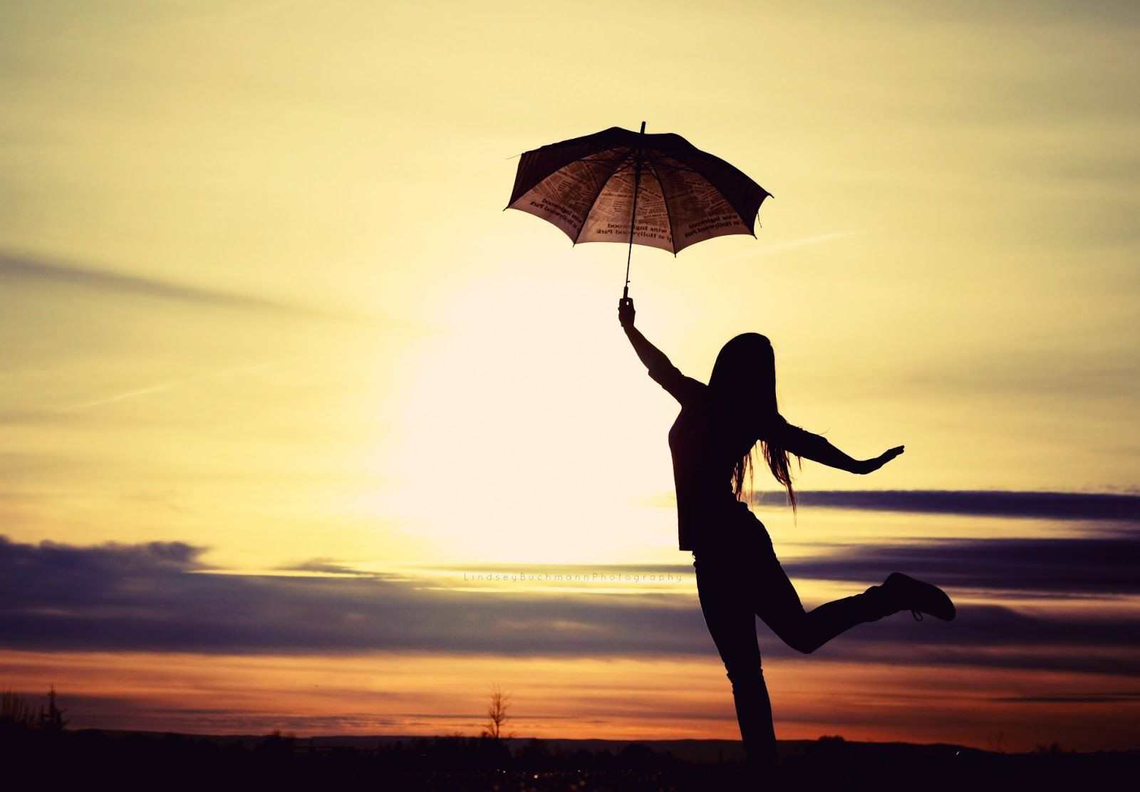 Umbrella! | Dancing in the rain | Pinterest