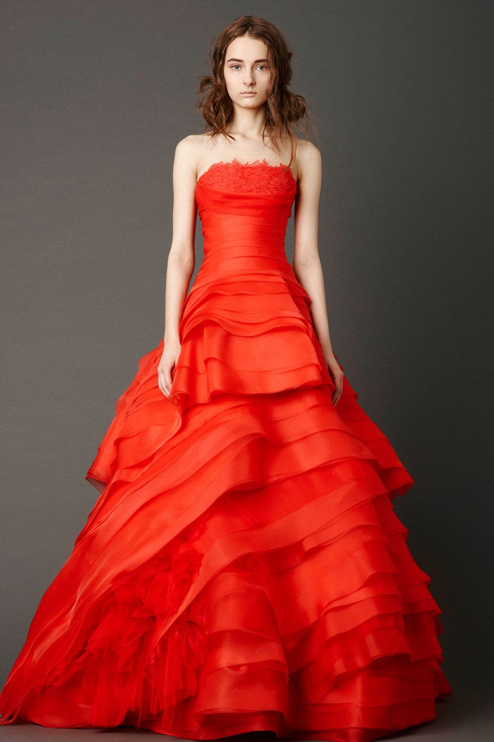 Just 10 Looks The Best Of Bridal Vera Wang Bridal Used Wedding Dresses Red Wedding Dresses
