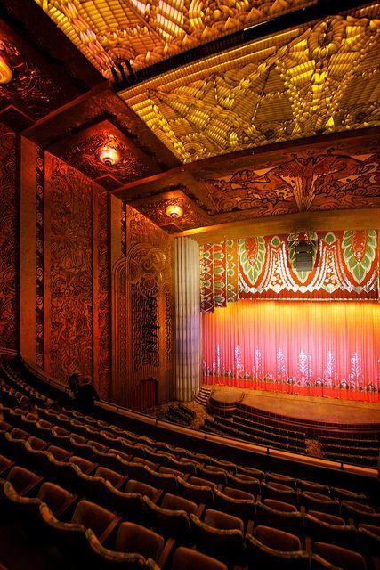 The Main Screen In The Paramount Theater In Oakland California Art Deco Art Deco Architecture Deco
