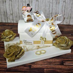 Geschenk zur goldenen Hochzeit – Truhe auf Geschenkplatte –