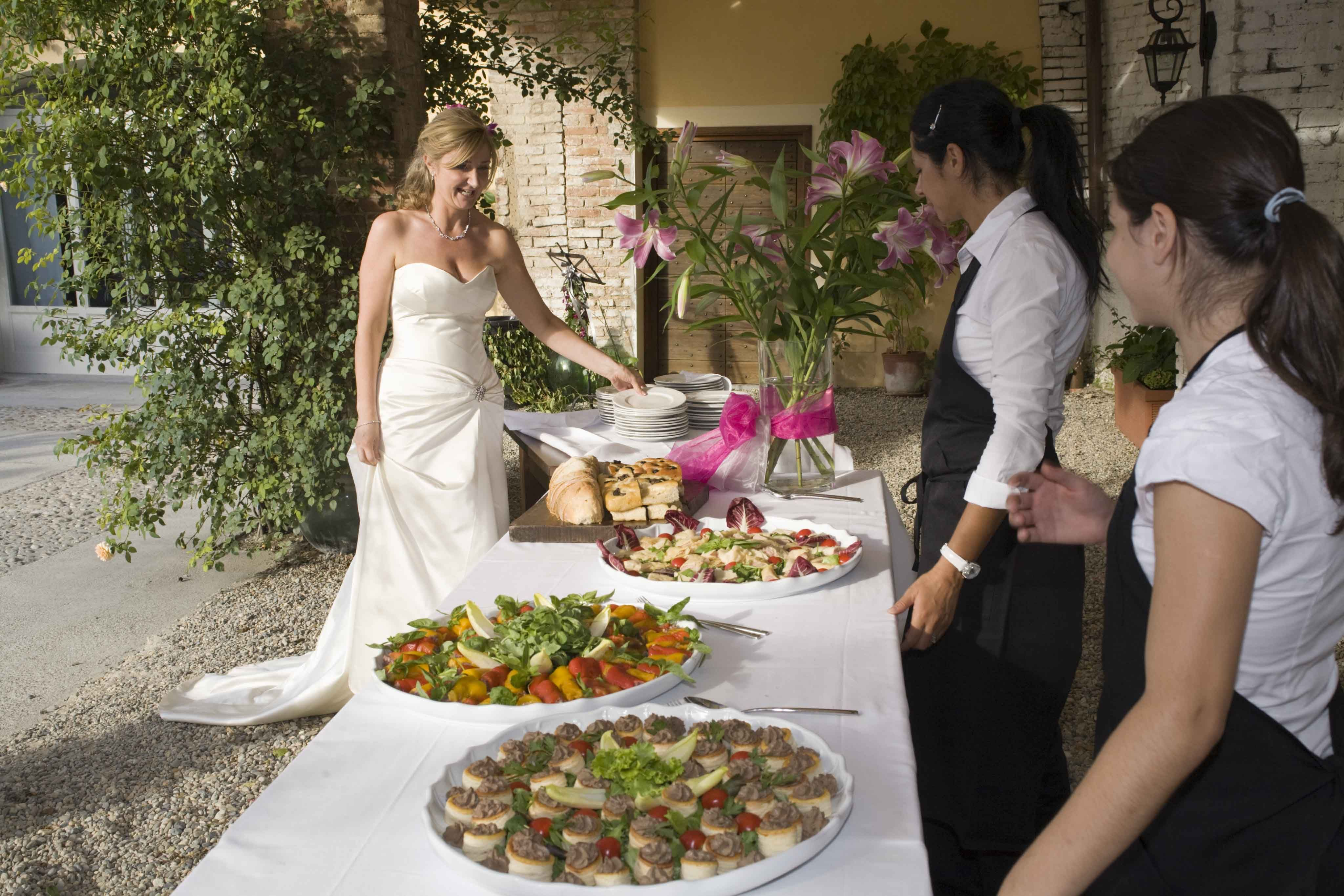 Summer Wedding Buffet Menu Ideas: La Villa Hotel Weddings, Wedding Food Buffet, Italian