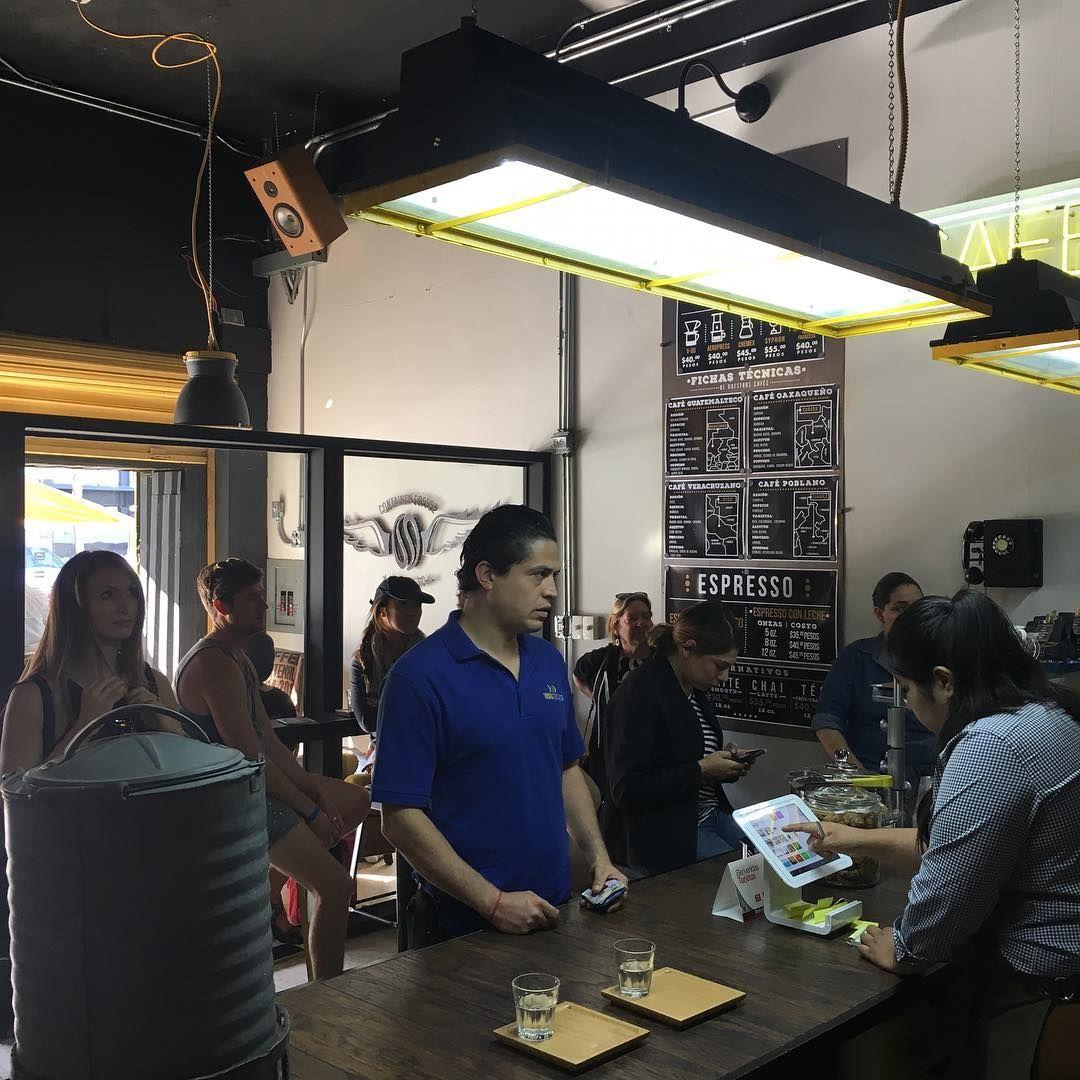 """17 curtidas, 1 comentários - Container Coffee Roaster Co. (@conteinercoffeeroasterco) no Instagram: """"Full house #probat #conteinercofferoasterco #tijuasrifa"""""""