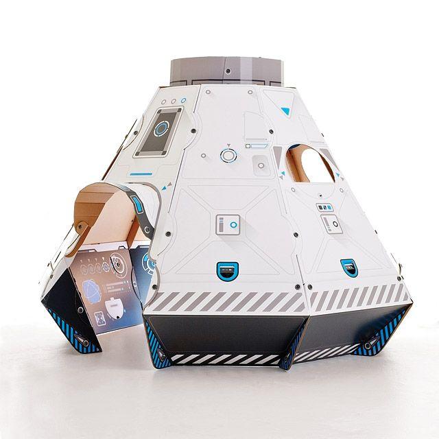 Spaceship, Space Toys