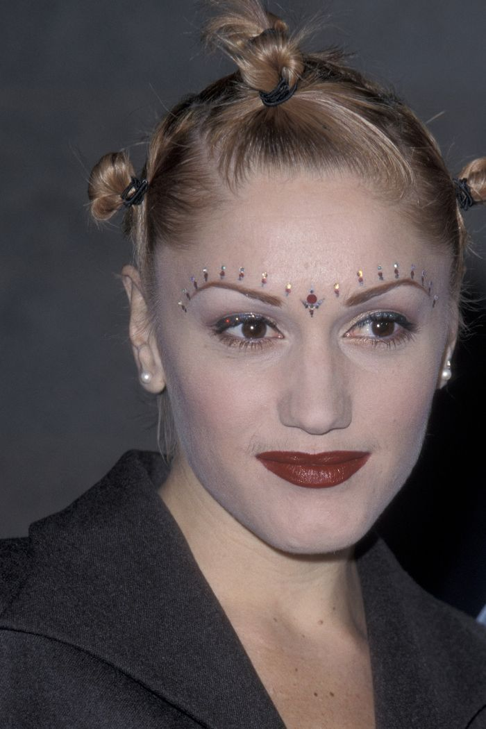 These 9 Beauty Looks Were Massive 20 Years Ago 90s Makeup Look