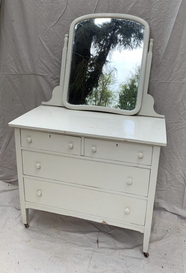Vintage Dresser And Mirror For Sale In Stanwood Wa Vintage