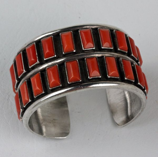 A BEAUTIFUL VINTAGE CORAL AND SILVER CUFF