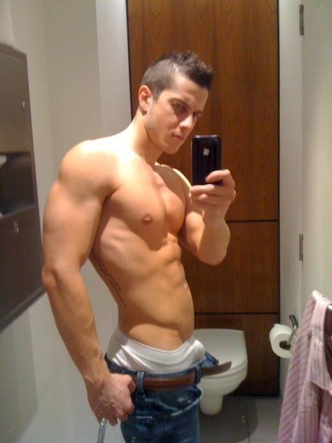Hot guys. https   twitter com  CastroMarketSF http   leesanfran1 tumblr com