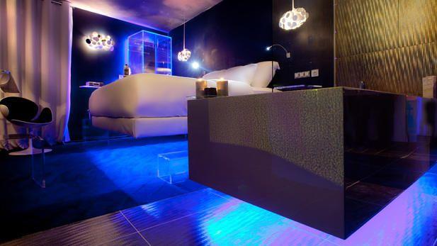 The Best Hotel Rooms In Paris Unique Hotel Rooms Hotels Room Futuristic Bedroom