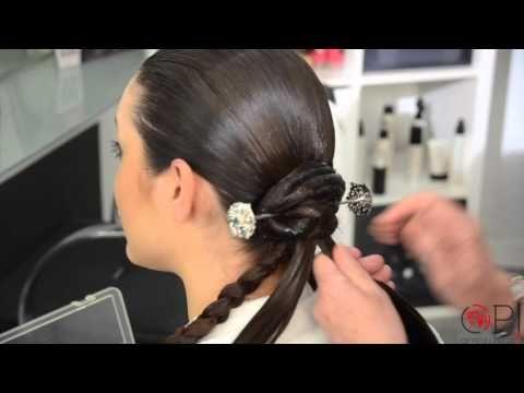 ¿Cómo se realizada un peinado de valenciana con un solo moño? - YouTube