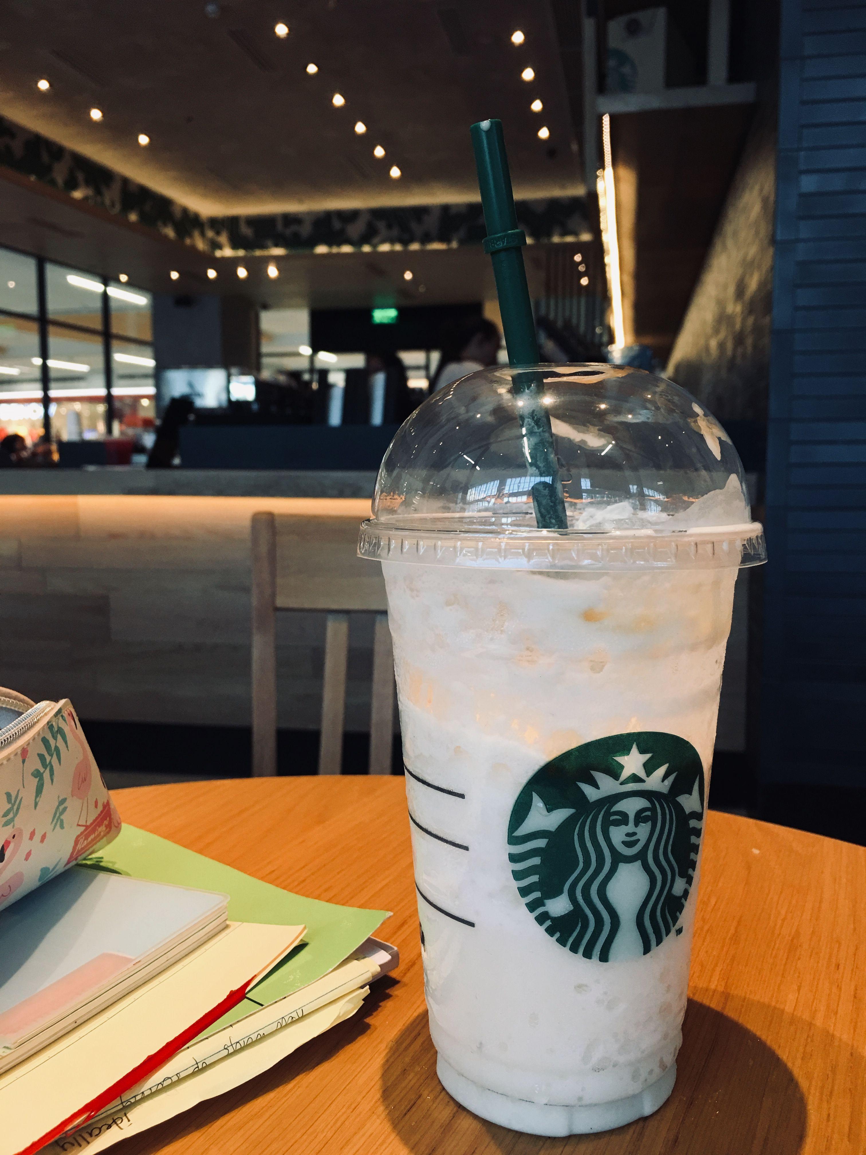 Starbucks Minuman, Makanan, Makanan dan minuman