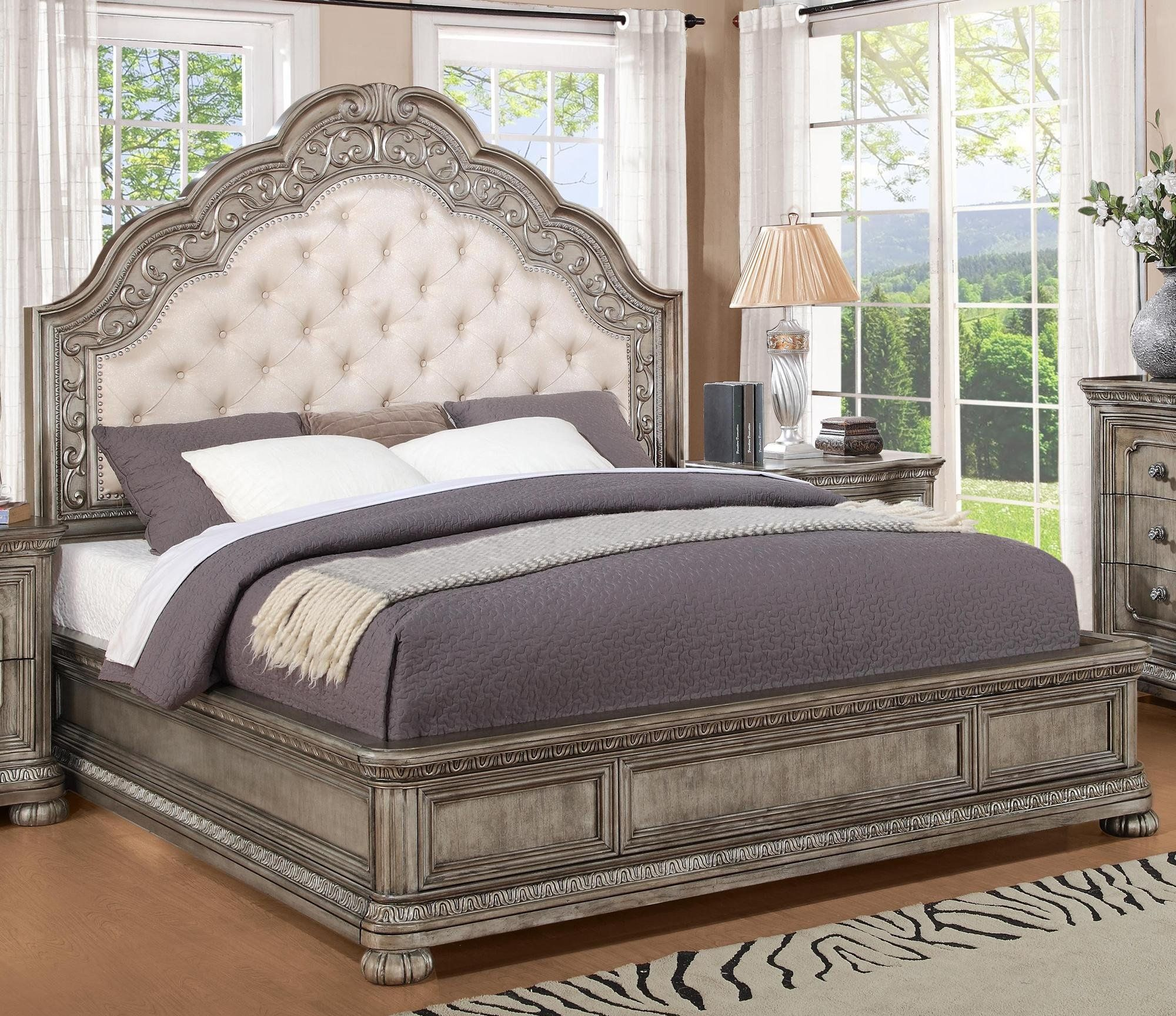 Antique Metallic Traditional King Bed San Cristobal RC