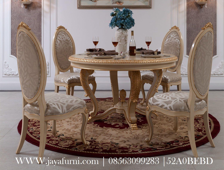 model Meja makan mewah Duco Clasik dengan material kayu