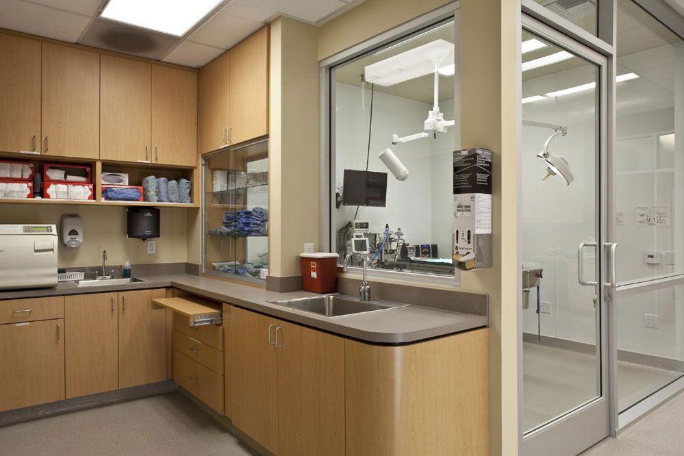 Terra Vista Animal Hospital | Hospital Design | Veterinary ...