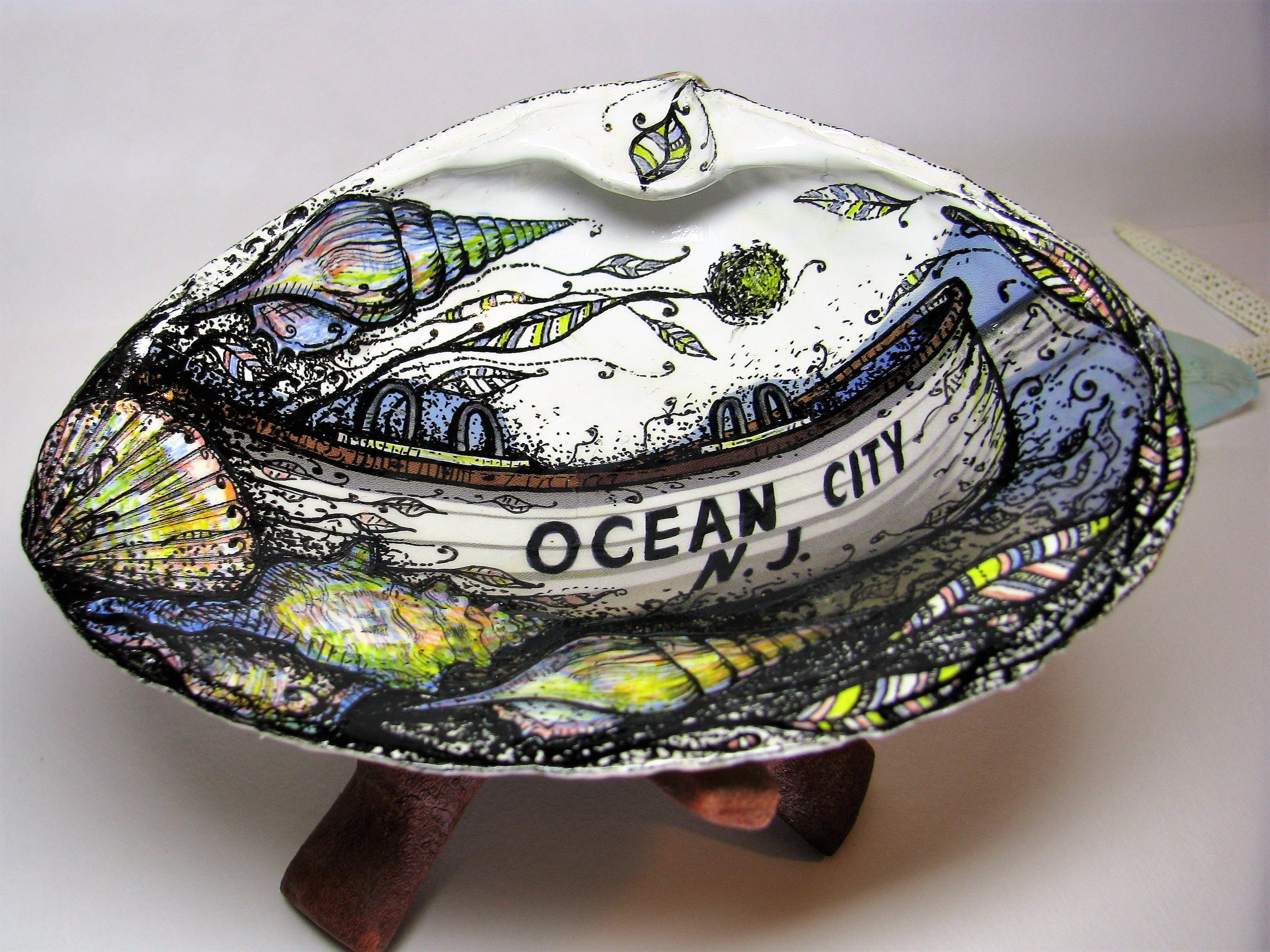 Your Place To Buy And Sell All Things Handmade Gifts For An Artist Sea Shells Seashell Art