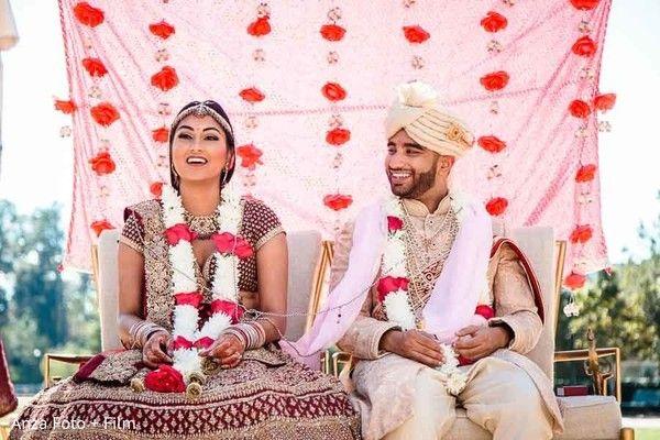 Glamorous indian wedding ceremeony. http://www.maharaniweddings.com/gallery/photo/116271