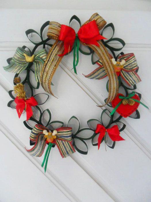 Pin De Ani Ribe En Bota Santa Pinterest Navidad Manualidades - Adornos-de-navidad-con-rollo-de-papel-higienico