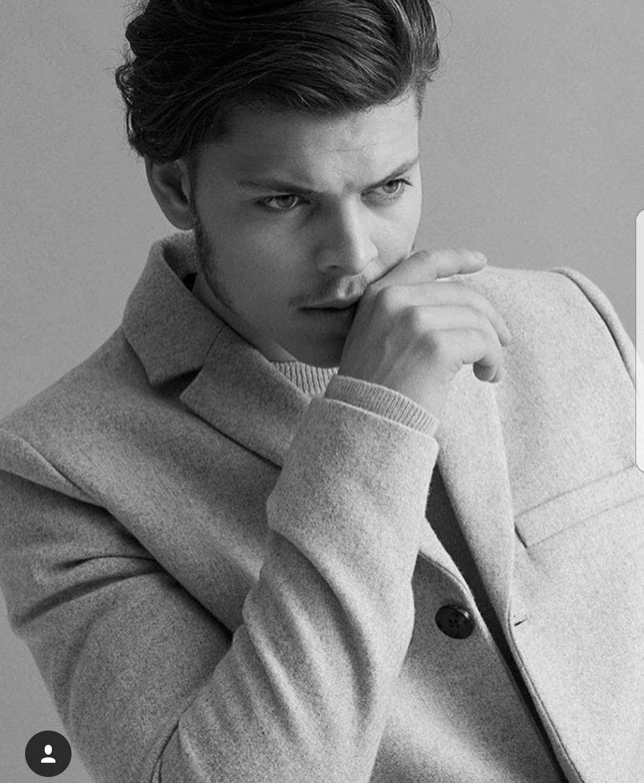 Alex Hoegh Andersen Handsome In 2019 Alex Hogh Ersen