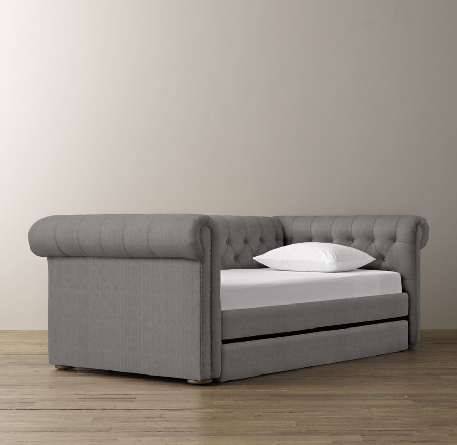 Chesterfield Tufted Daybed With Trundle Upholstered