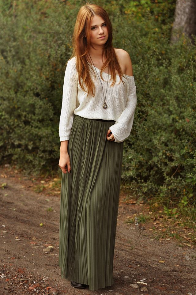 maxi skirt with knitted top