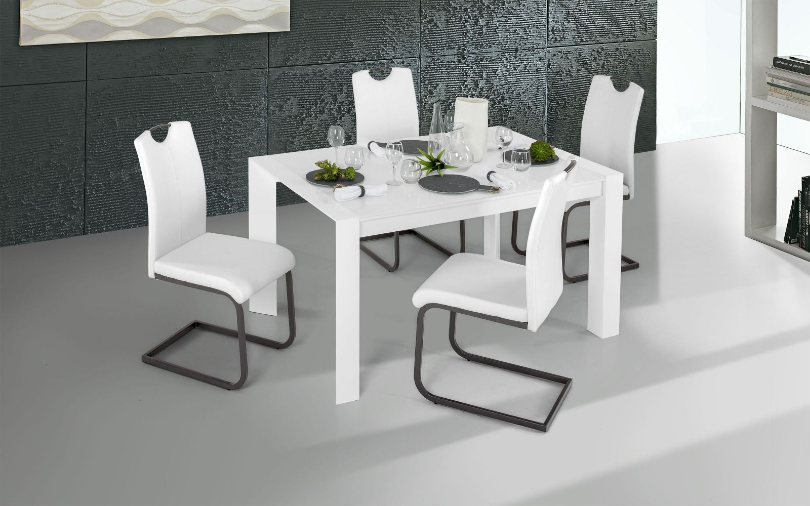 Tavolo Wood Bianco Mondo Convenienza.Bianco Vetro Bianco Tavolo Allungabile Con Gambe A Piramide E