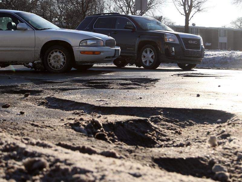 Winter 2014 Michigan Roads New Website Aims To Help Pothole