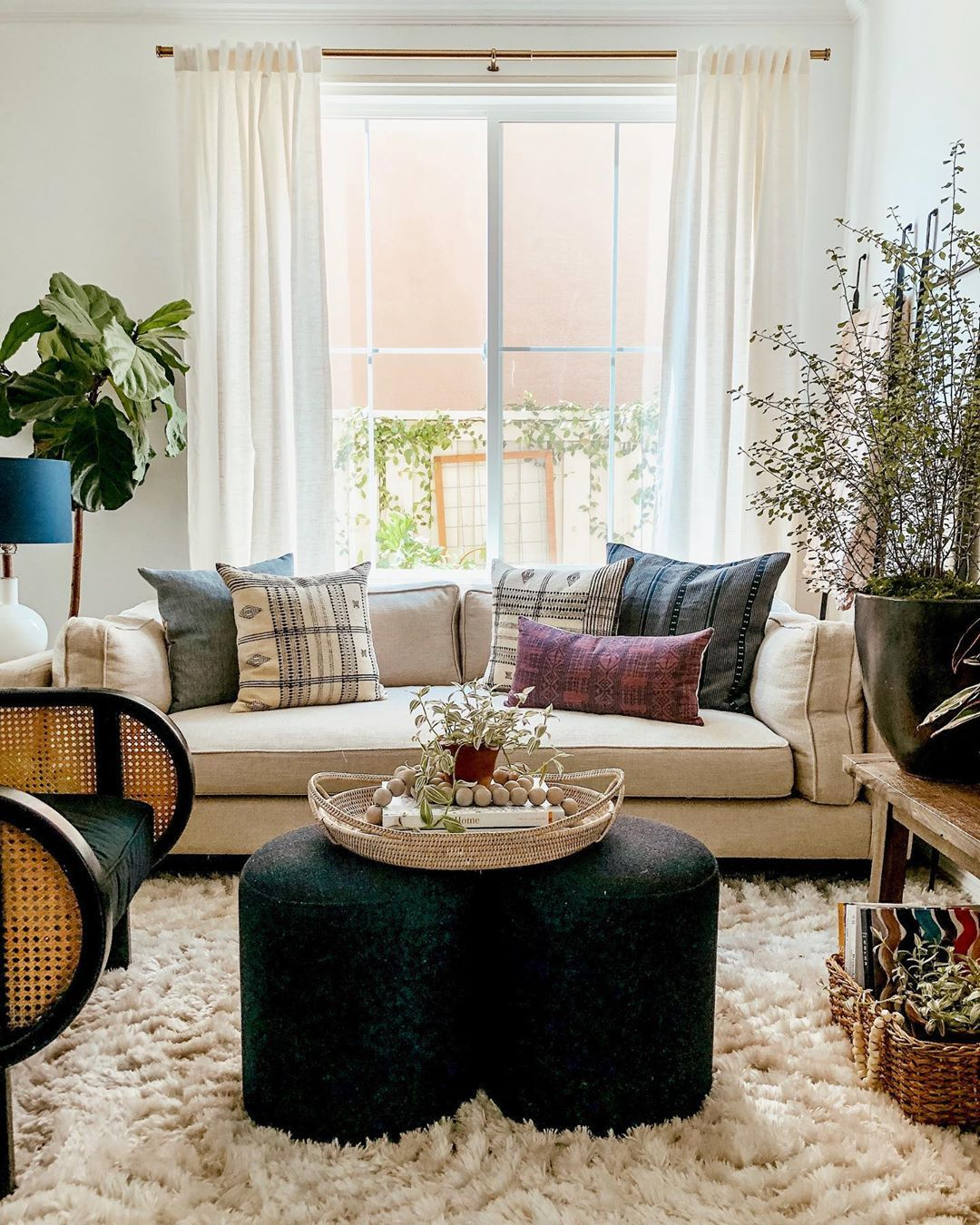 California Casual Living Room in 2020 | Casual living ...