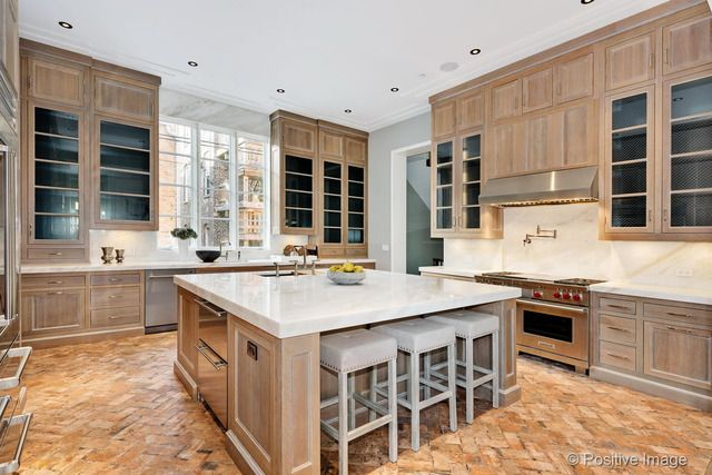 View this great kitchen with undermount sink glass panel in chicago il the home was built in 2015 and is 7000 square feet