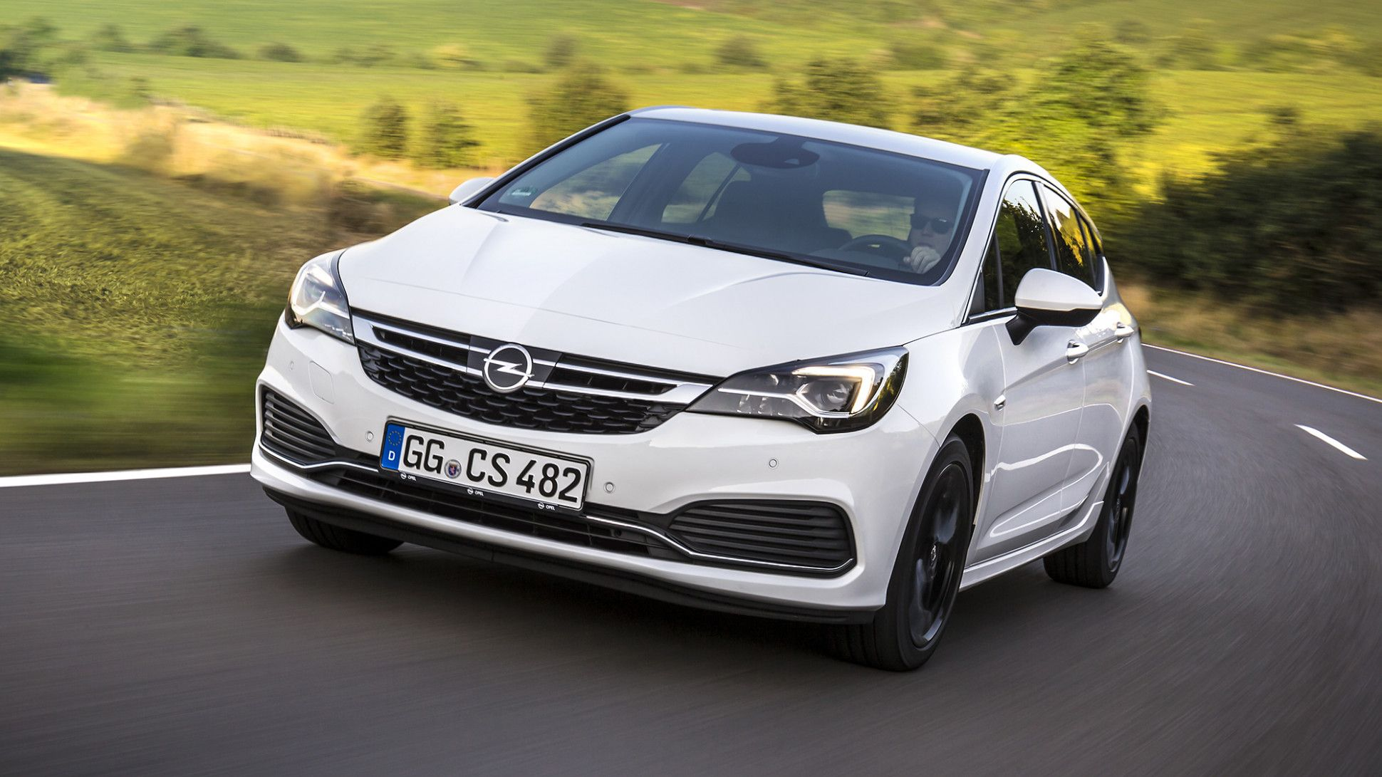 Opel Astra 2020 White Price In 2020 Opel Vauxhall New Cars