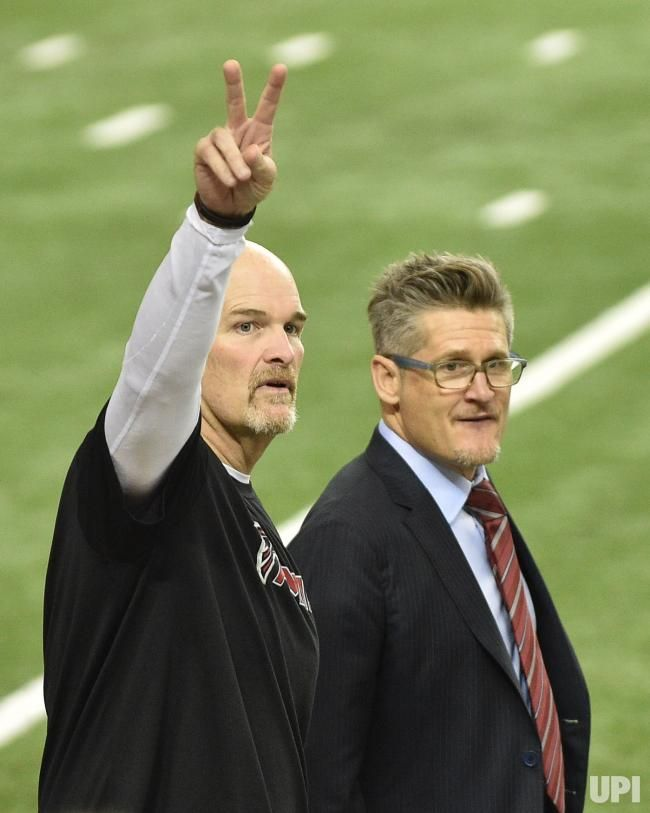 Atlanta Falcons Head Coach Dan Quinn L Gestures As He Accompanies General Manager Thomas Dimitroff R During Wa Nfc Championship Game Falcons Football Quinn
