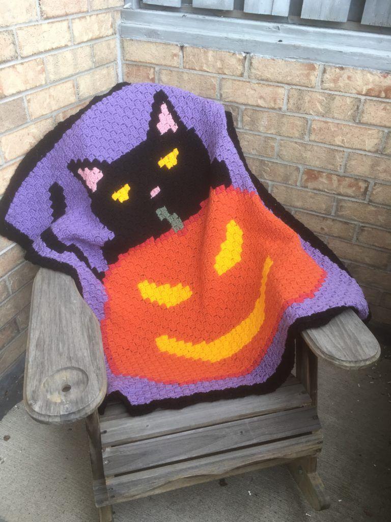 Black Cat Halloween Lapghan – Stitched Pixels | Crochet | Pinterest