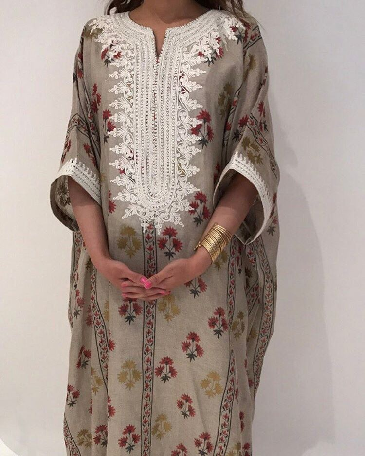 Available! 💕 +9659421688 متوفره للطلب #kaftans #kuwait #jallabiya  #jallabiyakw #ss17 | Clothes collection, Clothes for women, Fashion
